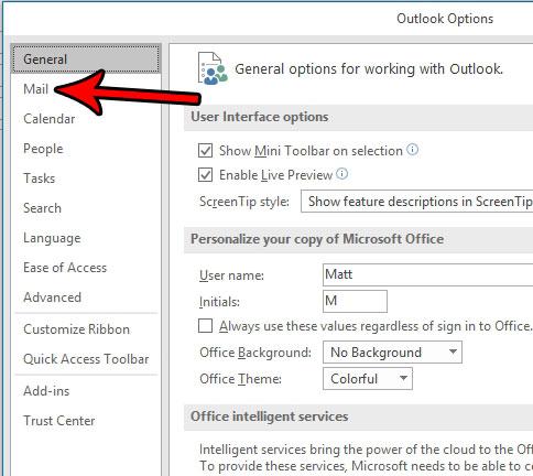 укажите имя и номер телефона в конце письма Outlook