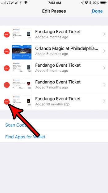 удалить просроченные пропуски из кошелька iphone