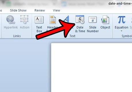дата и метка времени в слайд-шоу PowerPoint