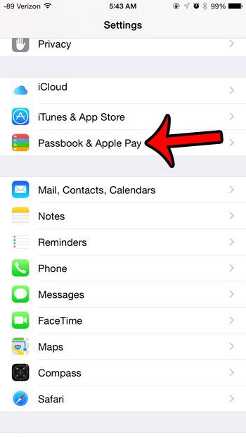 открытая книжка и Apple Pay