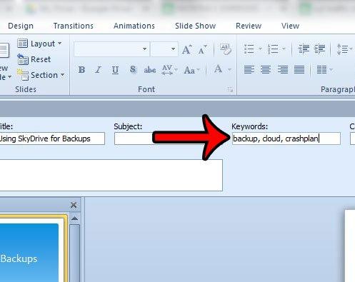 добавить ключевые слова в PowerPoint 2010